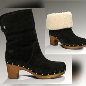 UGG Lynnea Suede Wood Heel Shearling Boots 8 Black